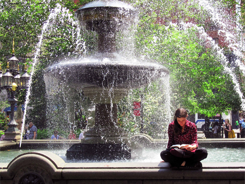 Student Reading by Fountain (Manhattan, 2010)